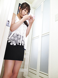 Yui Misaki - Young Asian sex in solo along Yui Misaki - Picture 3
