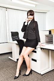 Natsuki Hasegawa - ญี่ปุ่นเล่นหนังโป๊ขี่ Dildo ในเดี่ยวพิเศษ -  2 รูปภาพ