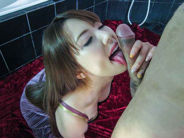 Sexy Asian Girl Blowjob