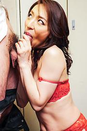 Marina Matsumoto - Marina Matsumotogives warm Asian blow job on cam - Picture 12
