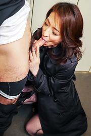 Marina Matsumoto - Marina Matsumotogives warm Asian blow job on cam - Picture 5