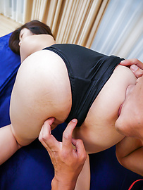 Ryu Enami - HairyRyu Enami gives excellent Asian blowjob - Picture 7