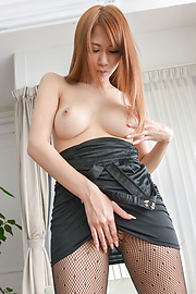 Nami Itoshino - Asian huge dildo to please naughty Nami Itoshino  - Picture 4