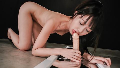 Kotomi Asakura - 琴美朝仓有淘气的亚洲业余肛门 - 图片 11