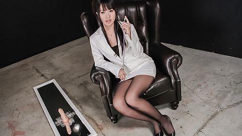 Kotomi Asakura - 琴美朝仓有淘气的亚洲业余肛门 - 图片 1
