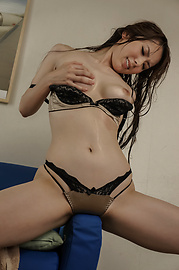 Yui Hatano - Yui Hatano fingers herself in uncensored japanese amateur sex - Picture 11