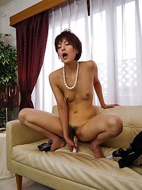 Saori - ซาโอริก็ยุ่งกับสั่น Milf หีเธอ -  12 รูปภาพ