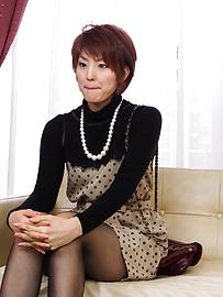 Saori - ซาโอริก็ยุ่งกับสั่น Milf หีเธอ -  1 รูปภาพ