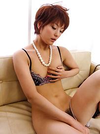 Saori - ซาโอริก็ยุ่งกับสั่น Milf หีเธอ -  6 รูปภาพ