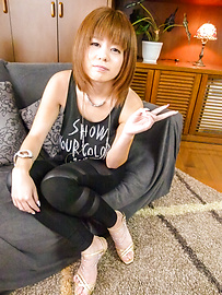 Airu Oshima - Asian blow job with nasty Airu Oshima Japan model  - Picture 1