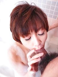 Akina Hara - อากินะค่ะ ฮารา ในการอาบน้ำอุ่นให้ญี่ปุ่น blowjob -  4 รูปภาพ