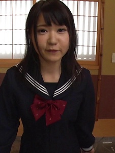 Nozomi Momoki - Real Asian blowjob in POV with sexy Nozomi Momoki - Screenshot 3