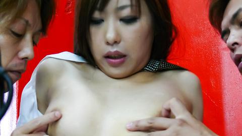 Satsuki Aoyama - 一個亞洲人被解雇了 - 圖片5