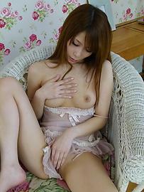 Rika Aiba - MILF asian amateur Rika Aiba masturbates in lingerie - Picture 6