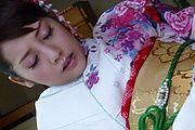 和服で誘惑~美マン&美乳みづなれい Photo 10