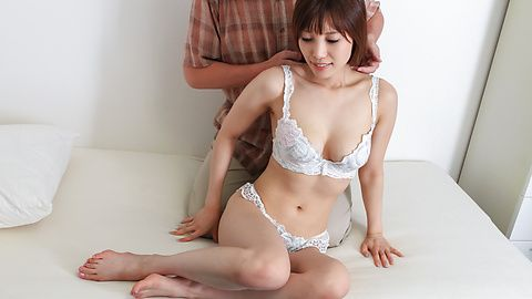 Kaede Kyomoto - Kaede Kyomoto gets him to fuck her after a japanese blowjob - Picture 5