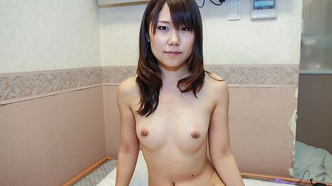 YoungNamiko blows cock in sexy Asian amateur session