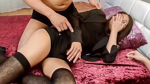 Aoi Miyama - Sexy Aoi Miyama enjoys rough Asian bukkake - Picture 1