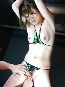Fuwari-Tie her up and Huwari will make your cock happy Picture 8