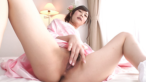 Kotone Amamiya - Cock sucking Asian girl caught on cam during group sex - Picture 10