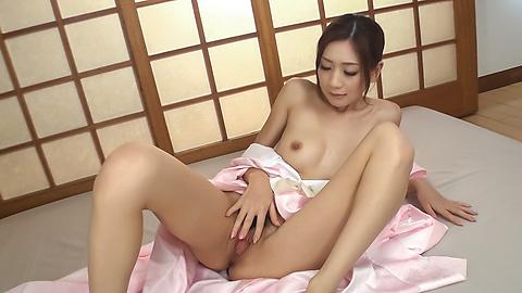 Kaori Maeda - Asian blow jobs by sweet ass Kaori Maeda - Picture 3