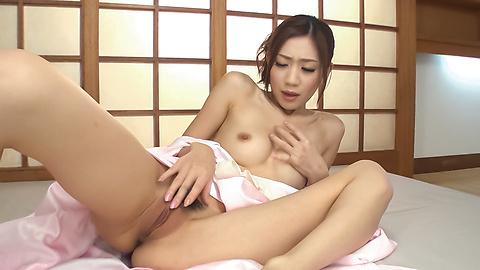 Kaori Maeda - Asian blow jobs by sweet ass Kaori Maeda - Picture 4