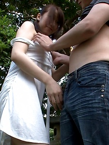 Hitomi Oki - Hitomi Oki enjoys random guy's dick in the park - Screenshot 12