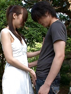 Hitomi Oki - Hitomi Oki enjoys random guy's dick in the park - Screenshot 2