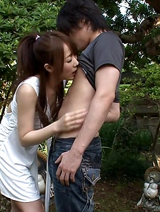 Hitomi Oki - Hitomi Oki enjoys random guy's dick in the park - Screenshot 7