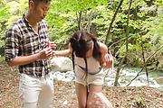 Sexy Japanese outdoor porn play with Maya Kawamura Photo 12