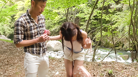 Maya Kawamura - Amateur provides sexy outdoor blowjob in sloppy ways - Picture 12