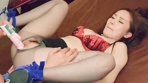 Misuzu Tachibana - Naughty Japanese milf creampie porn video - Picture 9