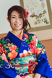 Ayumi Shinoda - Woman in sexy kimono, Japanese blow job on cam  - Picture 7