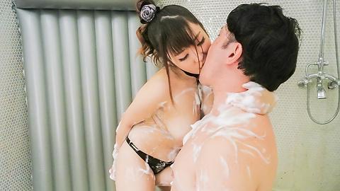 愛乃まほろ - 巨乳ソープ嬢潜望鏡フェラ~愛乃まほろ - Picture 12