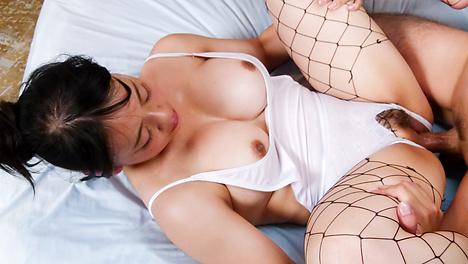 Makoto Shiraishi insane hardcore sex on cam
