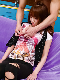 Ayaka Fujikita - Teen amateur asian girl Ayaka Fujikita gets herself off - 圖片1