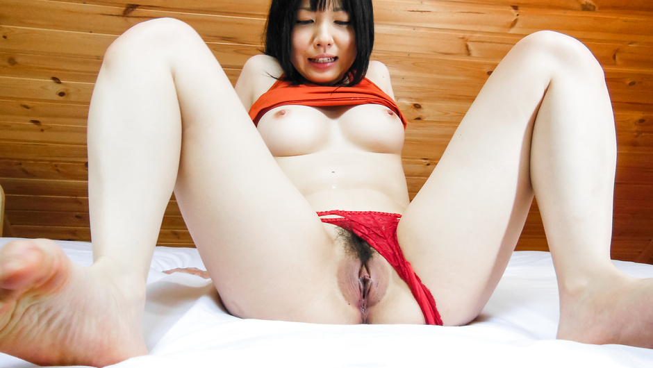 Stunning POV scenes with Airi Minami getting masturbated