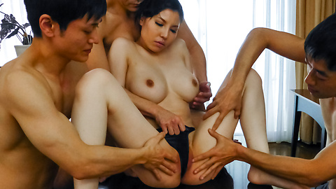 Sofia Takigawa - Asian sex orgy along cute and naughty Sofia Takigawa - Picture 10