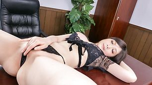 Asian blow job by busty Asian Rie Tachikawa