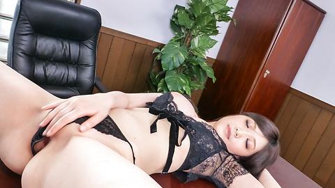 立川理恵 - 肉棒懇願バキュームフェラ 立川理恵 - Picture 5