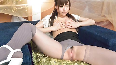 Haruna Kawase - Asian huge dildo to please young Haruna Kawase - Picture 4