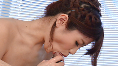 Maya Kawamura - Nude beauty pleases partner with soft porn play - Picture 7