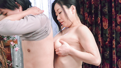 Shino Izumi - Busty doll amazes with her Asian blowjob  - Picture 10