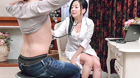 Shino Izumi - Busty doll amazes with her Asian blowjob  - Picture 1