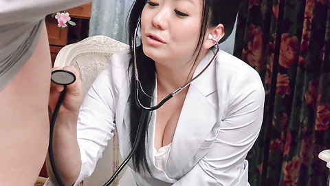 Shino Izumi - Busty doll amazes with her Asian blowjob  - Picture 3