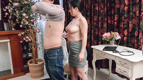 Shino Izumi - Busty doll amazes with her Asian blowjob  - Picture 7