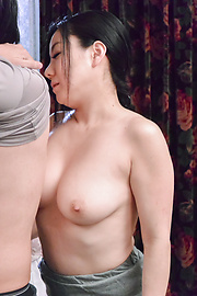 Shino Izumi - Busty doll amazes with her Asian blowjob  - Picture 8