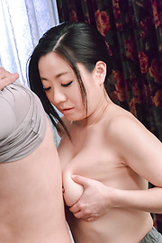 Shino Izumi - Busty doll amazes with her Asian blowjob  - Picture 9