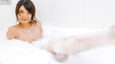 Rie Tachikawa - Rie Tachikawa takes a bath in amateur asian sex videos - Picture 7