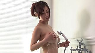 3D Merci Beaucoup 25 Akino Chihiro's SOAP SOUL : Chihiro Akino (3D+2D Blu-ray in one disc) - Video Scene 2
